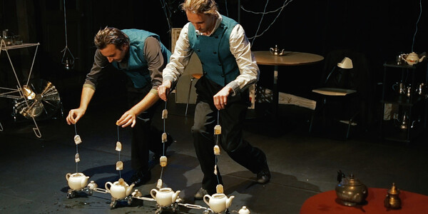 <p>Magische und phantasievolle Inszenierungen von Figurentheatergruppen aus Belgien, Deutschland, Frankreich, Italien, den Niederlanden und Österreich</p><h3>SOMMERTRAUMHAFEN 2021</h3><p>31. Internationales Figurentheaterfestival in Wies, Stainz, Bad Radkersburg</p>